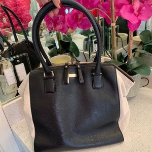 EUC Kate Spade black and cream hand/shoulder bag